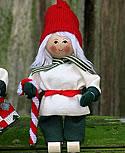 Butticki Santa mit Zuckerstange, H 14 cm
