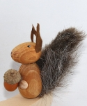 1 wooden figure Squirrel light brown for candlerings, 6 mm wood plug (copy)