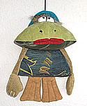 Frosch Junge 1 am Gummiband