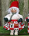 Butticki Santa Mädchen mit Schneeball, H 14 cm
