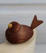1 Holzstecker kleiner Vogel walnuss