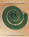 1 Holzstecker große Spirale, dunkelgrün