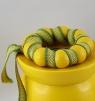1 schwedischer, großer Kerzenring / Serviettenring, gelb, d 4 cm