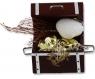 Kranzstecker Schatztruhe mit Goldnuggets/Muschel, h 5,5 cm