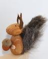 1 Holzfigur Eichhörnchen hellbraun für Holzkränze, 6 mm Holzdübel