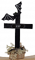 Halloween grave cross with lettering RIP,  bat, H 12 cm